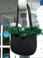 Bag_2006Dec20_GreenFeathers