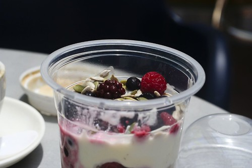 Bircher muesli with yoghurt and berries