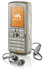 Sony Ericsson w700i cellphone Walkman