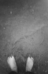 Füße im Meer