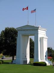 Peace Arch 2004