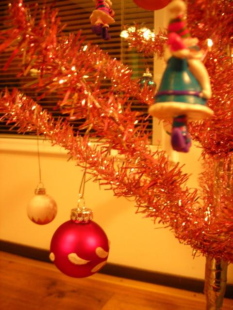 christmas tree!  pink christmas tree!