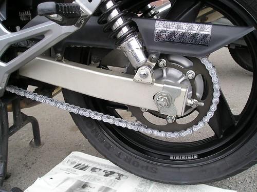 Cadena ER-5 limpia y engrasada