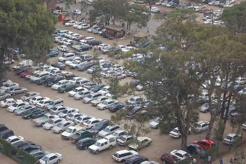 L'aparcament del Hilton; foto de CokeeOrg  / Dongyi Liu