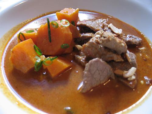 Curry Rojo con Ternera