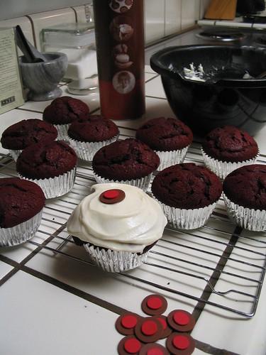 Red velvet cupcakes from Sprinkles' mix