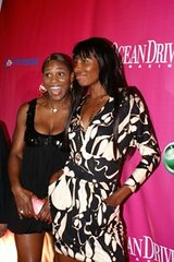 venus and serena - sony ericsson players party