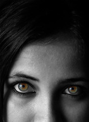 captivating eyes