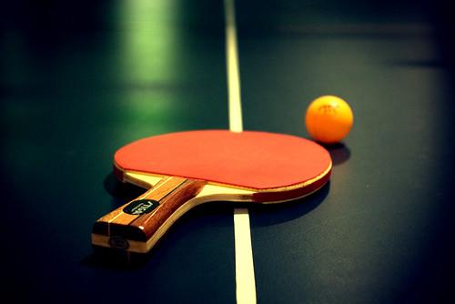 Ping (Pong) por Dustin Baxter