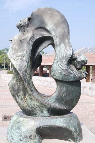 高雄美術館-銅雕