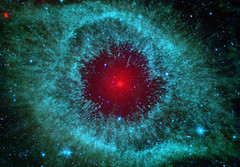 Comets Clash at Heart of Helix Nebula