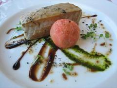 Hostal Empúries_Dado de atún con tomate
