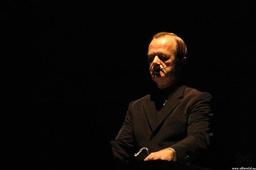Hütter durante apresentação na Filarmônica de Berlim