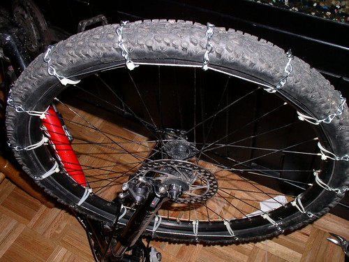 DIY MTB Tire Chain found on Dave Ploch's 2wheeltech.com