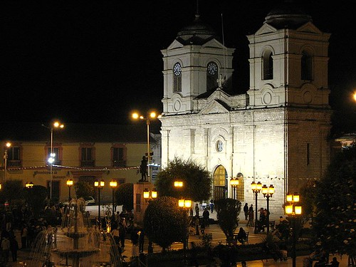 Plaza Constitucion, Huancayo