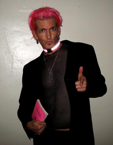 priest 007