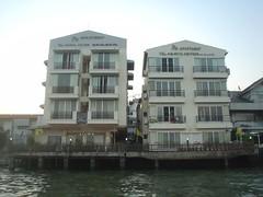 117.濱水的公寓