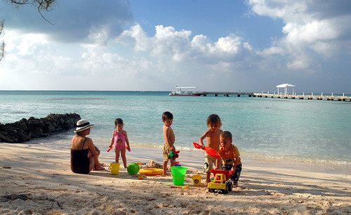 Grand Cayman Beach Playgroup