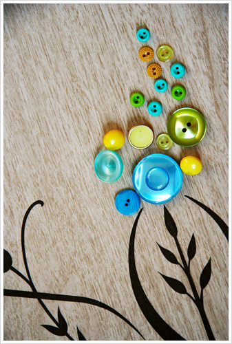 vintage beads buttons (Photo: Amy Nieto on Flickr)