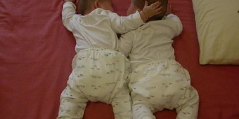 雙胞胎的酸甜等待