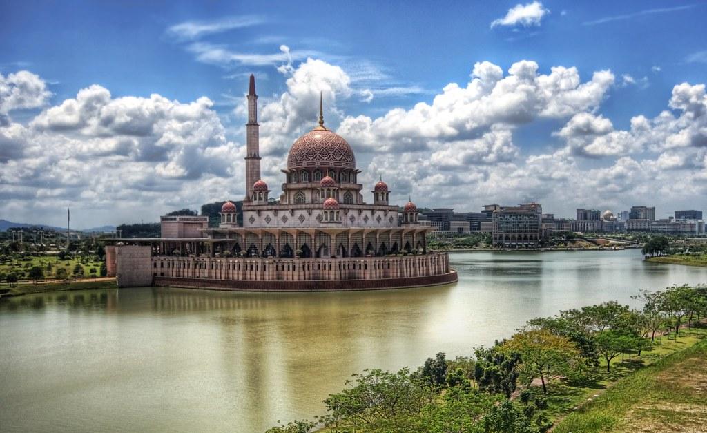Mosque in Putrajaya, Kuala Lumpur