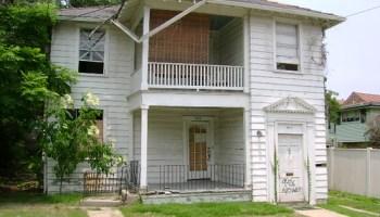 5517-19 S. Johnson St