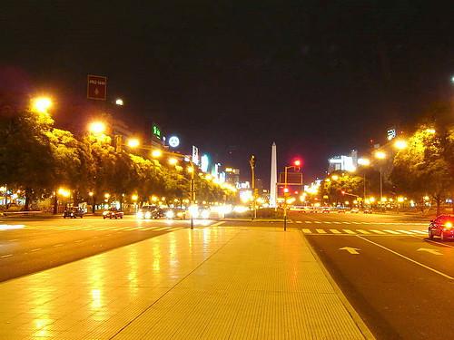 9 de julio by night