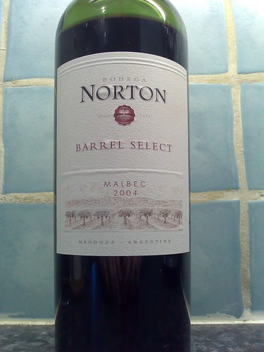 Bodega Norton Barrel Select Malbec 2004
