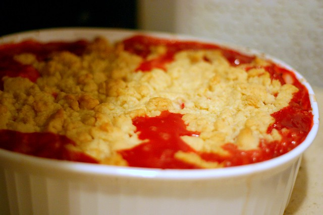 strawberry-rhubarb crumble, baked