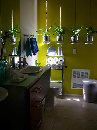 Second bathroom 2 by Lorena & David.