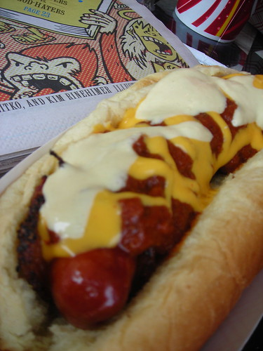 food: gourmet hot dogs