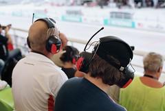 02.隔音、聽比賽實況的兩用收音機耳機