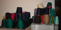 some spools o' yarn
