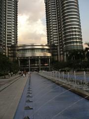 16.Petronas Twin Towers前的噴水池