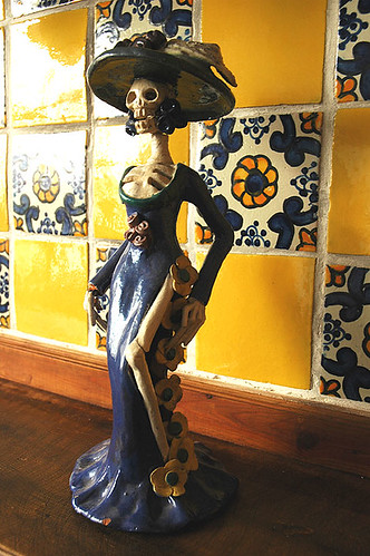 La Catrina in Guadalajara, Mexico with traditional yellow and blue tiles, de México - foto: Wonderlane, flickr