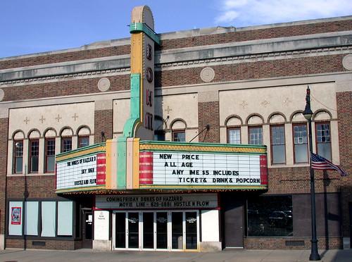 Bohm Theatre, Albion