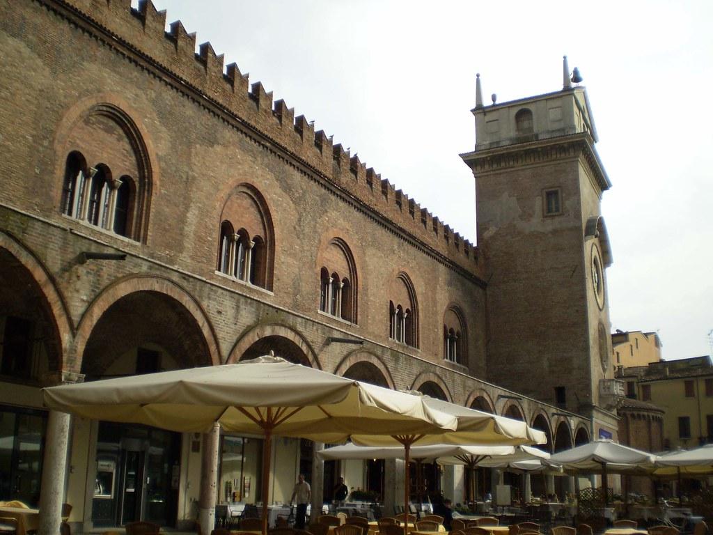 Piazza delle Erbe en Mantova