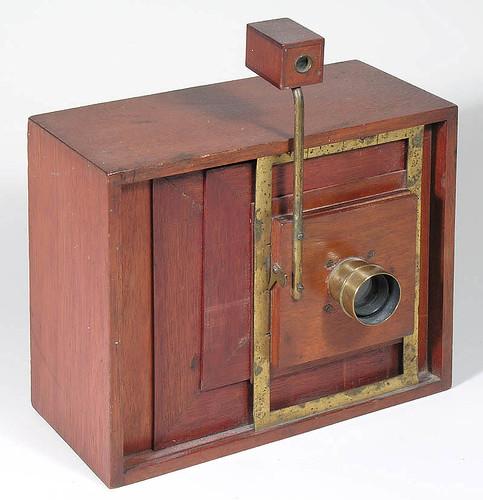 Simon Wing Little Gem camera