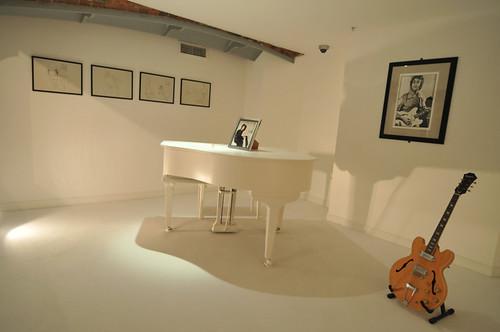 john's white grand piano