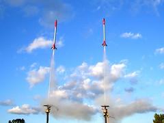 Video-Rocket Drag Race