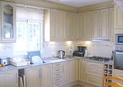kitchen-installation-4-kitchens-Emilio
