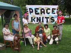 Nelson Knit-out in the Park