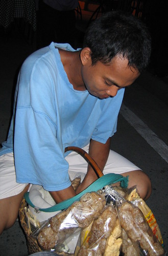 malate balut philippines manila peddler chitcharon pinoy