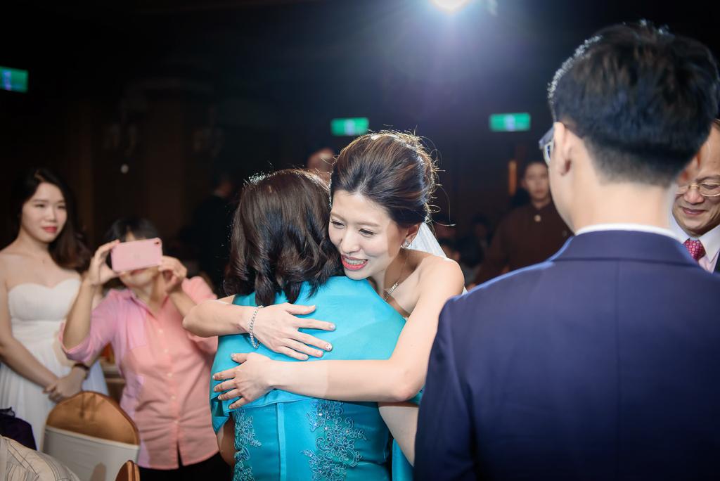 Wedding day-0064 ,僑園婚攝,台中僑園,僑園婚宴,新秘Alice ,婚攝小勇,台北婚攝, 小淑造型團隊