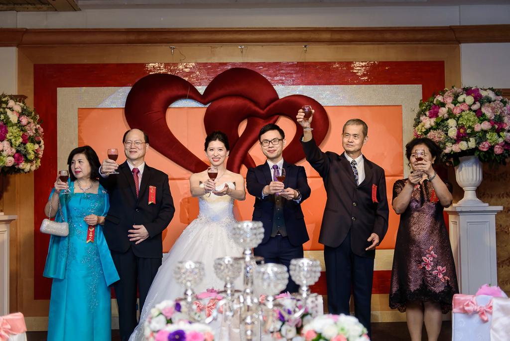 Wedding day-0074 ,僑園婚攝,台中僑園,僑園婚宴,新秘Alice ,婚攝小勇,台北婚攝, 小淑造型團隊