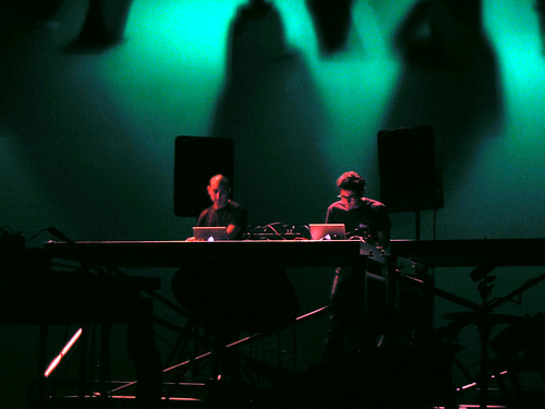 live picture from http://anuarsynthpop.spaces.live.com/