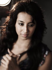 South Actress SANJJANAA Unedited Hot Exclusive Sexy Photos Set-21 (37)