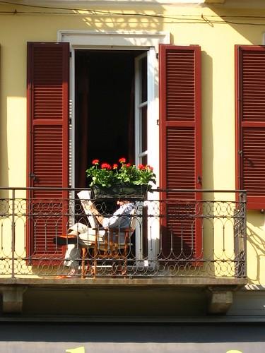 Leggere, terrazzo sul Naviglio - foto: halighalie, flickr