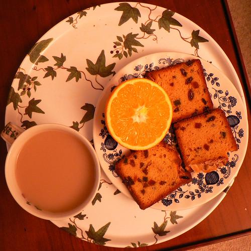 Tea, anyone? (by Claudecf)