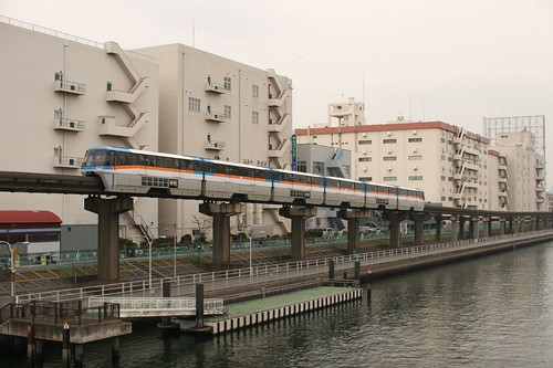 Tokyo Monorail - OiMax on Flickr